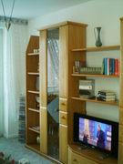 Bild 001.jpg - Wohnzimmer-schrankwand  in  farbe/erle