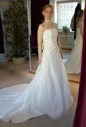Brautkleid2.JPG - Brautkleid - neu, nicht getragen