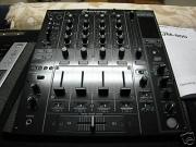 DJM 800.JPG