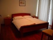 107-schlafzimmer.JPG