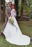 Hinten Schleppe.jpg - Weißes Brautkleid mit Schleppe