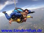 tandemfun2.JPG - Fallschirmspringen, Gutschein - Ticket