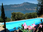 schwimmbad.jpg - Privat: Verkaufe Villa am Gardasee