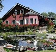 Haus u. Teich.jpg - Pension Burgwall