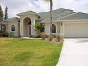 Cape Coral, Florida, Neueres Haus, Meerzugang