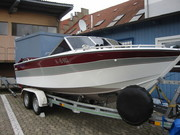 Motorboot Sea Ray mit Trailer