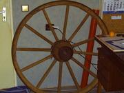 Antikes Holzwagenrad